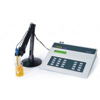 Combined pH & Conductivity Meter